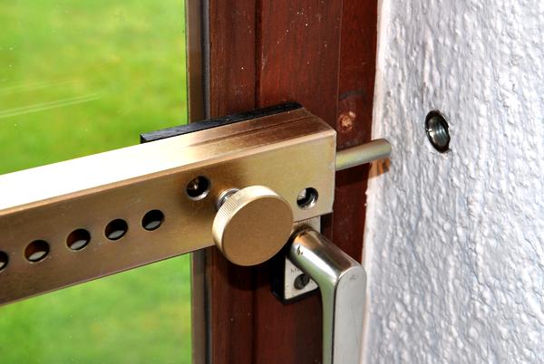 Neu H+S Heim und Sicherheit - Tür- und Fenstersicherung (in 4 Größen  GR83